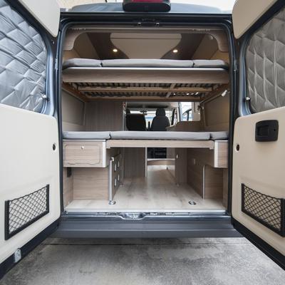 furgoneta_camperizada_interior